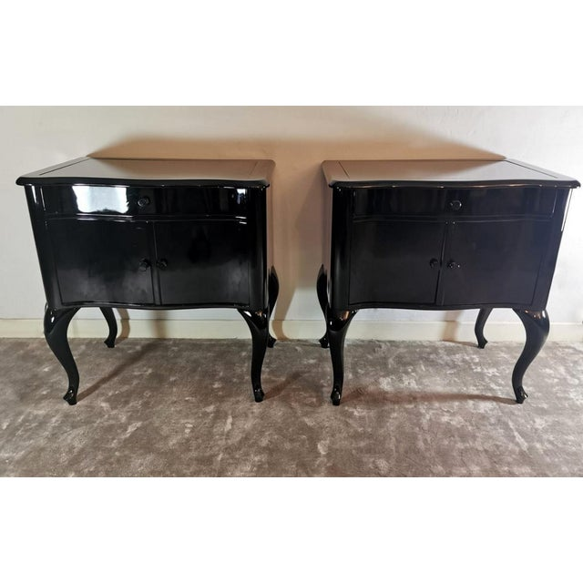 Traditional Edwardian Black Mahogany Nightstands - a Pair For Sale - Image 3 of 13