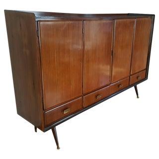 Italian Modern Walnut Sideboard/Bar in the Manner of Paolo Buffa For Sale