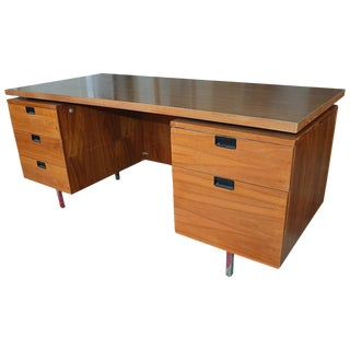 1960s Mid-Century Modern George Nelson for Herman Miller Walnut Executive Desk For Sale