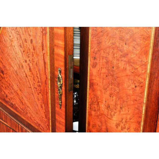 Mid 18th Century Sandwood Mahogany Hutch Cabinet For Sale In New York - Image 6 of 12