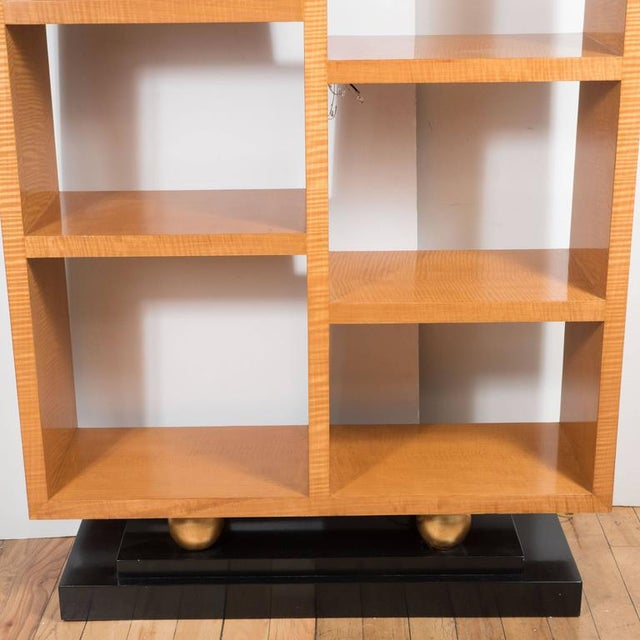 1970s American Art Deco Style Illuminated Presentation Shelving Unit or Bookcase For Sale - Image 5 of 10