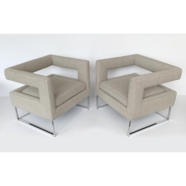 """Designer: Milo Baughman USA - Circa 1970s Dimensions: 27"""" H x 29"""" W x 26"""" D Seat 17"""" H Condition: Newly upholstered...."""