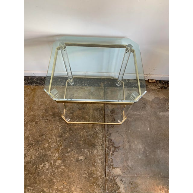 Charles Hollis Jones 1970s Charles Hollis Jones Accent Table W/Lucite Legs & Glass Top For Sale - Image 4 of 9