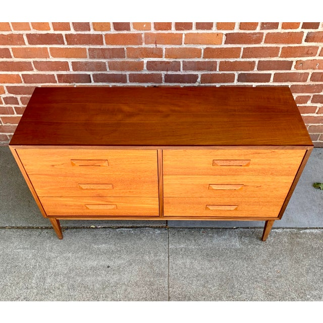 Børge Mogensen 1960s Danish Modern Teak and Rosewood Lowboy Dresser For Sale - Image 4 of 7