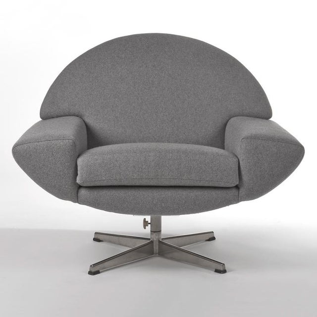 Modern 1960's VINTAGE JOHANNES ANDERSEN CAPRI SWIVEL CHAIRS- A PAIR For Sale - Image 3 of 8