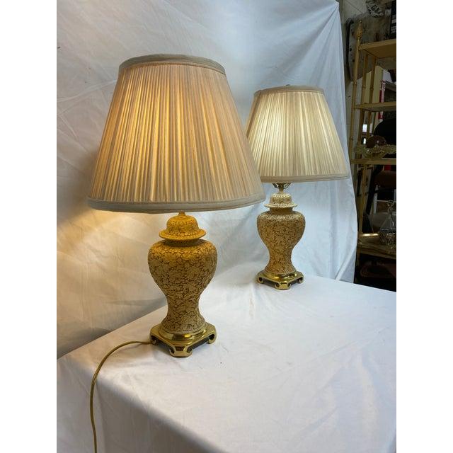 Hollywood Regency Vintage Cinnabar Ginger Jar Petite Lamps For Sale - Image 3 of 13
