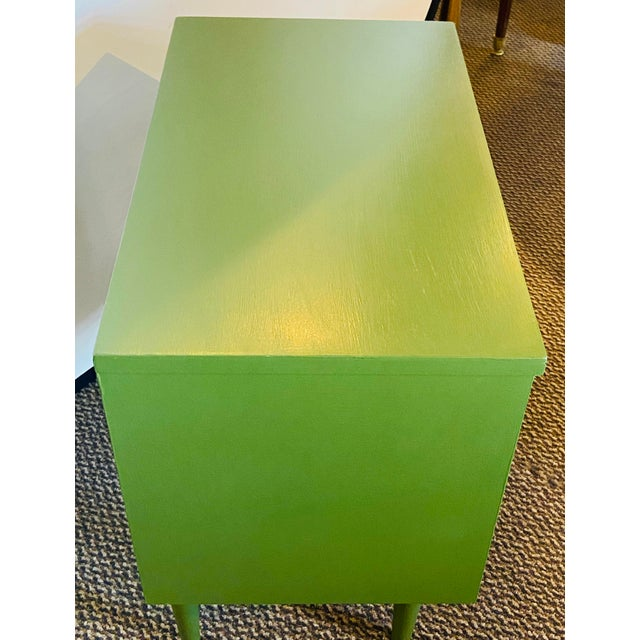 1990s Mid Century Modern Two Tone Nightstands - a Pair For Sale - Image 5 of 13