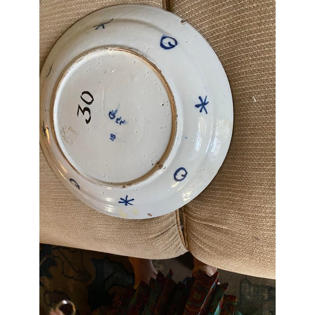 17th Century 17th Century Blue and White Delft Charger For Sale - Image 5 of 8