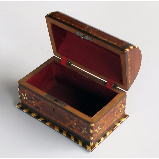 Islamic A Well-Crafted and Richly-Patinated Syrian Inlaid Trinket Box With Domed Lid For Sale - Image 3 of 7