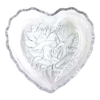 Heart Shaped Crystal Candy or Condiment Dish For Sale