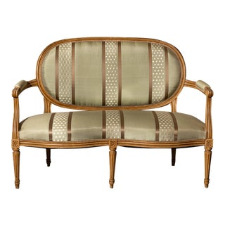 Mid 18th Century Louis XV Style Settee For Sale