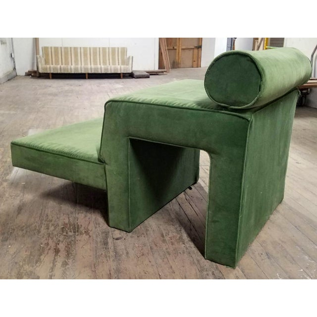 """Abstract 1970s Vintage Vladimir Kagan """"Omnibus"""" Chaise Lounge For Sale - Image 3 of 4"""