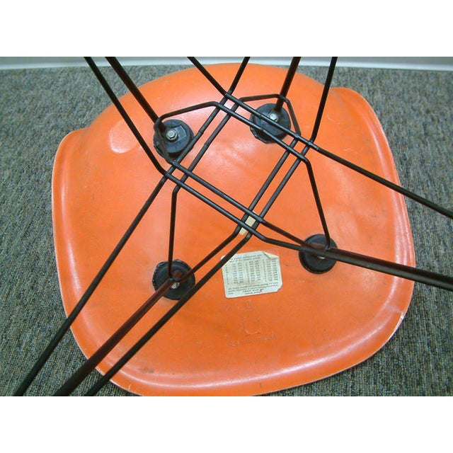 """Metal Pair of Charles and Ray Eames Orange Dsr Fiberglass """"Eiffel Tower"""" Side Chairs For Sale - Image 7 of 8"""
