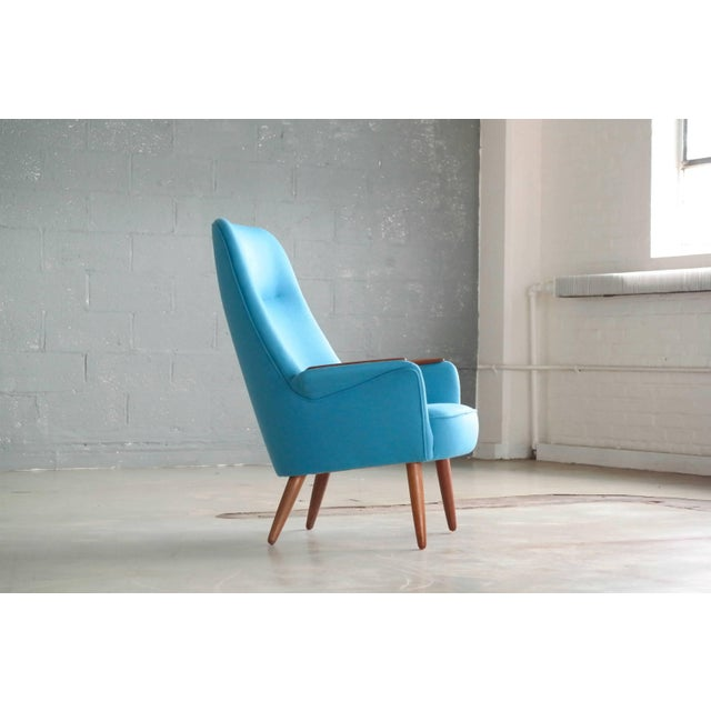 1950s Frode Holm Attributed 1950s Lounge Chair With Teak Armrests Upholstered in Kvadrat Divino Wool For Sale - Image 5 of 10