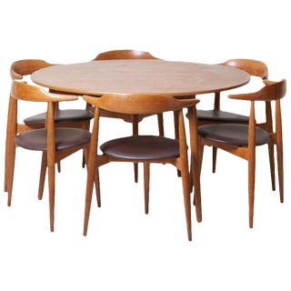 Dining Set With a Table and Six Heart Chairs by Hans Wegner for Fritz Hansen For Sale