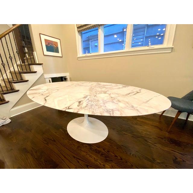 Eero Saarinen Knoll Saarinen Oval Tulip Dining Table For Sale - Image 4 of 6