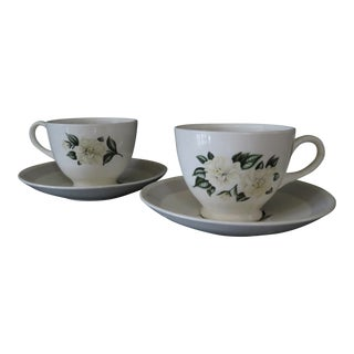 Nautilus Grey Gray Gardenia Homer Laughlin W150 White Flowers Tea Cups and Saucers - Service for 2 For Sale