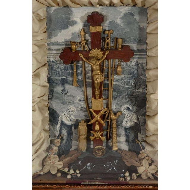 Antique Victorian Religious Shadowbox with Crucifix Scene - Image 3 of 9