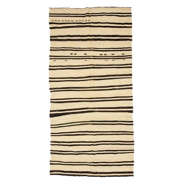 1960s Vintage Striped Natural Turkish Kilim Rug- 5′6″ × 11′8″ For Sale