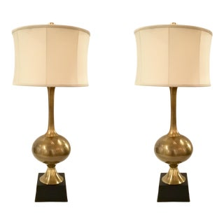Currey and Co. Transitional Antique Brass Janu Table Lamps Pair For Sale