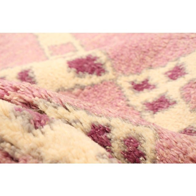 """Boho Chic Moroccan Pink Wool Rug-9'x12'7"""" For Sale - Image 3 of 7"""