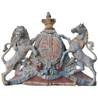 George III Painted and Carved Wood Coat of Arms of the United Kingdom For Sale