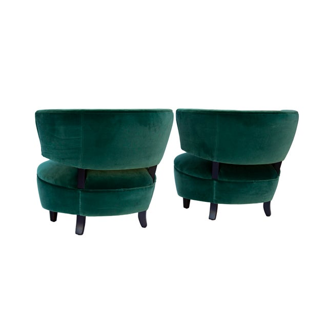 Emerald Pair of Emerald Green Velvet Channel Back Chairs After Billy Haines For Sale - Image 8 of 12