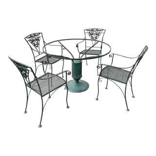 1950s Vintage Woodard Garden Wrought Iron Patio Set - Set of 5 For Sale