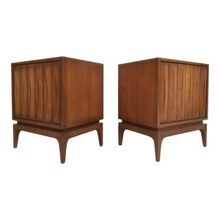 Pair of Midcentury Walnut Nightstands For Sale