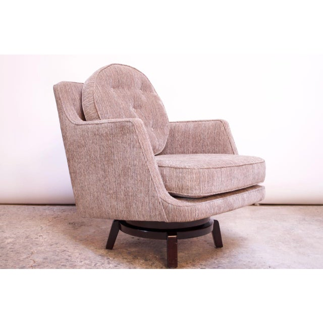 Edward Wormley for Dunbar Revolving Lounge Chair in Mahogany For Sale - Image 13 of 13