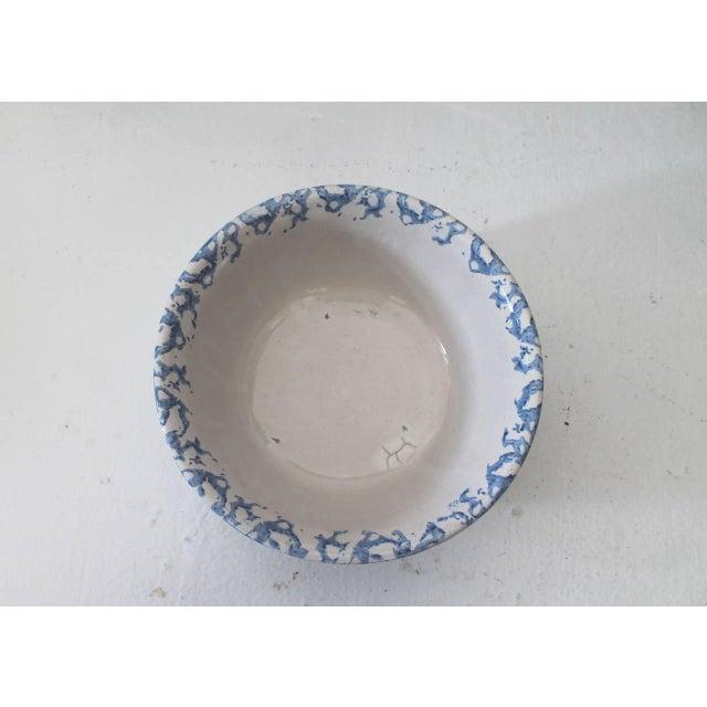 Primitive 19th Century Sponge Ware Pottery Serving Bowl For Sale - Image 3 of 5