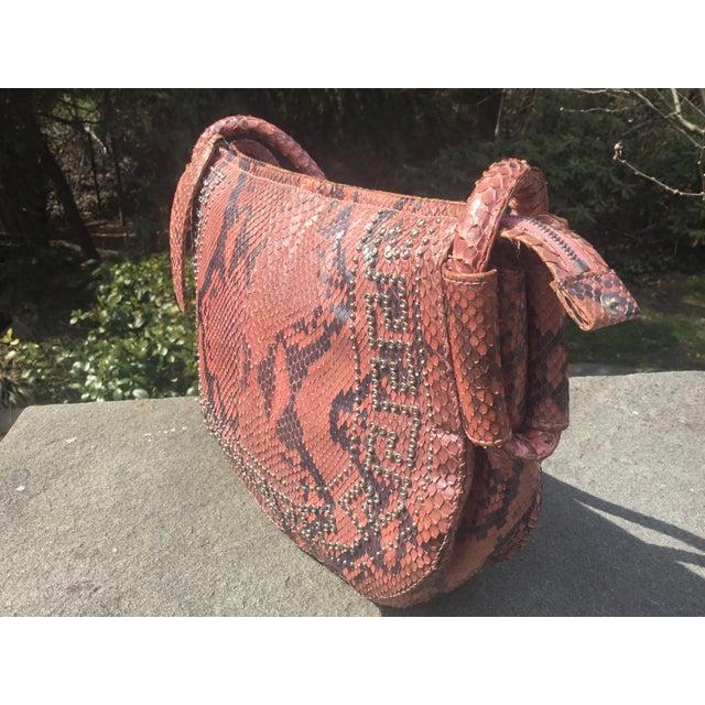 Mid-Century Modern 1990s Gianni Versace Iridescent Pink Python Shoulder Bag For Sale - Image 3 of 12
