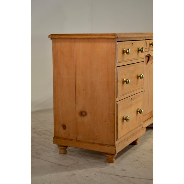 Traditional 19th Century English Pine Dresser Base For Sale - Image 3 of 8