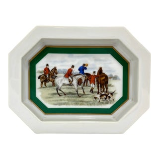 Vintage Elizabeth Arden Hunt Scene Dish For Sale