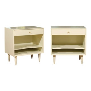 Beautiful Restored Pair of Vintage Modern End Tables by John Stuart For Sale