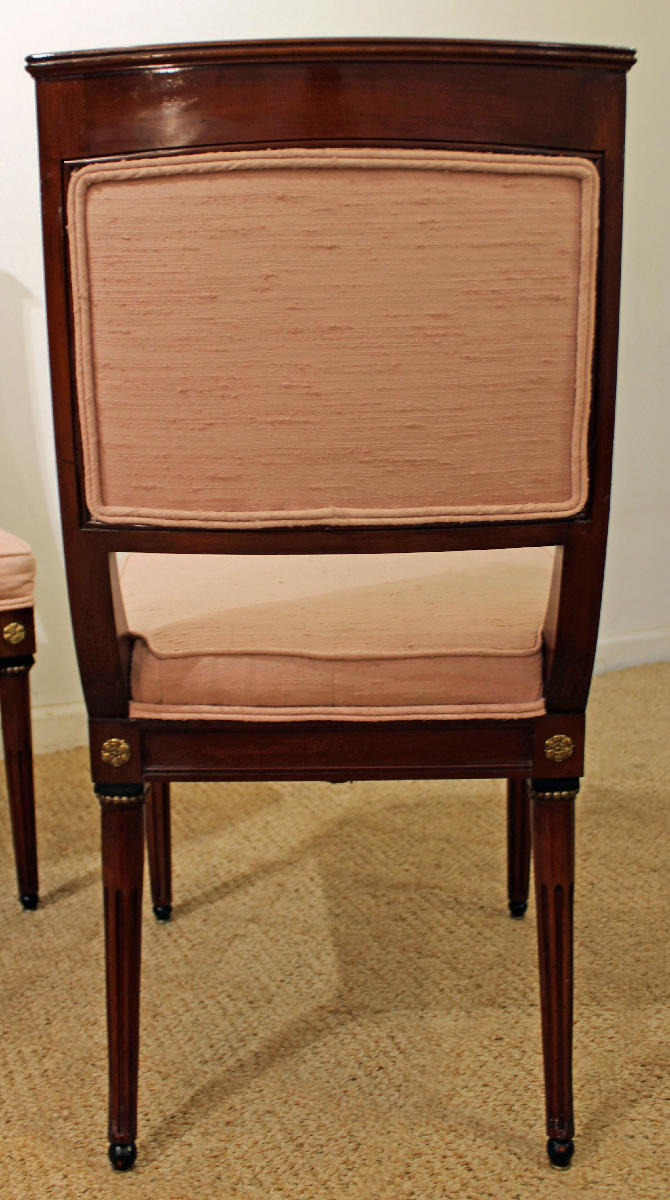 Set Of 4 Pennsylvania House Windsor Brace Back Dining Chairs For Sale    Image 5