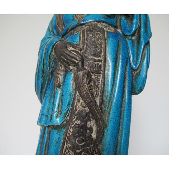 C1950s Rare Italian Ugo. Zaccagnini Terra Cotta Crackle Glaze Persian Blue Asian Figure For Sale - Image 10 of 13