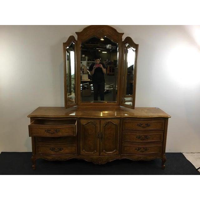 Vintage Thomasville Carved Wood French Provincial 'Court Triple' Dresser - Image 3 of 11