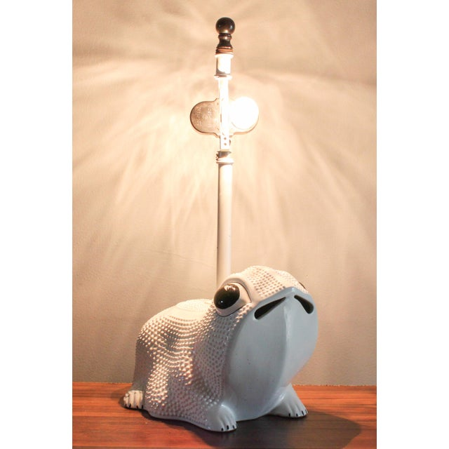 1960s Vintage Italian White Ceramic Hobnail Frog Lamp With Hand Painted Shade in the Style of Jean Roger For Sale - Image 5 of 11