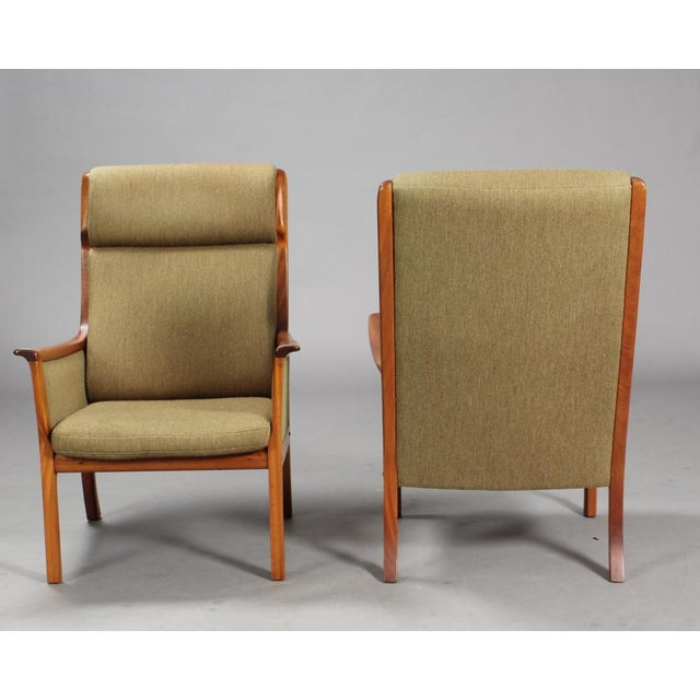 1960s Danish Modern Ole Wanscher for P. Jeppesen Mahogany Armchairs and Coffee Table - 3 Pieces For Sale In Boston - Image 6 of 8