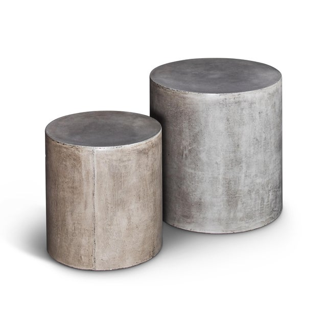 Contemporary Una Pedestal Side Tables in Natural Gray - a Pair For Sale - Image 3 of 3