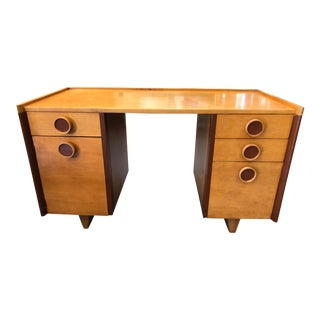 "1940s Gilbert Rohde for Kroehler Two-Tone ""Honeymoon"" Desk For Sale"