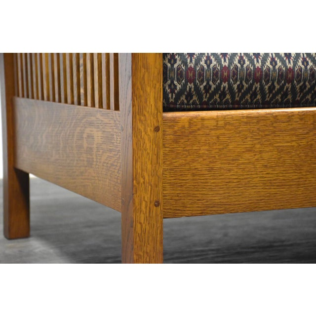 Wood Gustav Stickley Spindled Cube Settee For Sale - Image 7 of 11