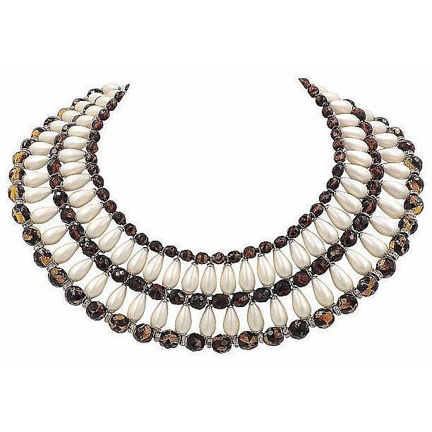 White 1960s Vendome Faux-Pearl Bib Necklace For Sale - Image 8 of 8