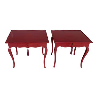 Bold Mauve Lacquered End/ Nightstands Tables For Sale