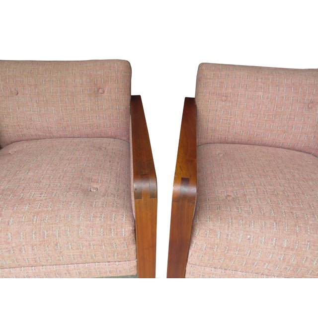 Vintage 1970s W. H. Gunlocke Chair Co. Lounge Armchairs - a Pair For Sale In Chicago - Image 6 of 13