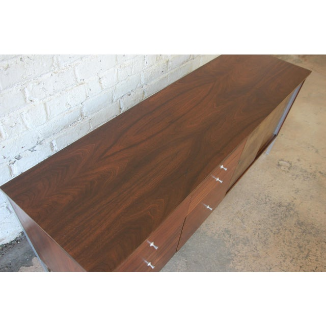 Paul McCobb Area Plan Units Mid-Century Modern Walnut Low Credenza For Sale In South Bend - Image 6 of 14