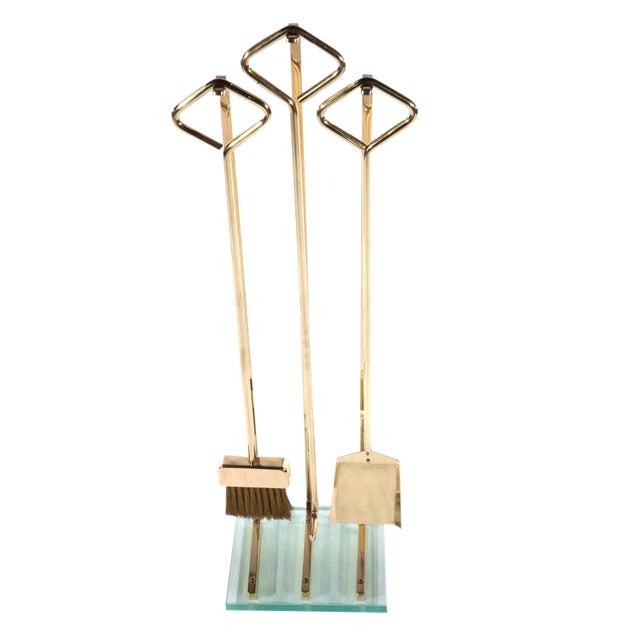 1970's VINTAGE BRASS AND GLASS FIREPLACE TOOL SET For Sale