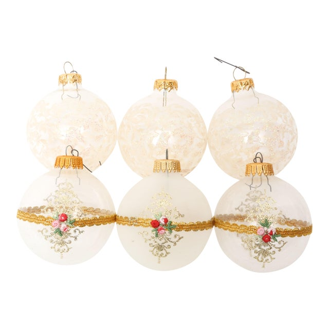 1960s Mid-Century White Christmas Ornaments w/Box - Set of 6 For Sale