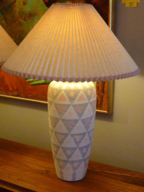 PAIR Modern Geometric Motif Vase Form Pottery Table Lamps   Image 9 Of 11